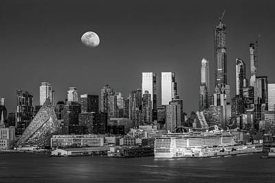 Photograph - Upper Nyc Syline Moonrise Bw by Susan Candelario
