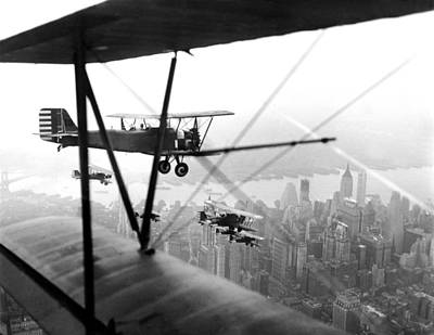Photograph - U.s. Army Air Corps Planes Fly Over New by New York Daily News Archive