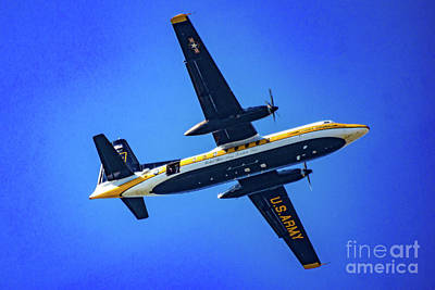 Photograph - U.s. Army/golden Knight Jump Aircraft by Nick Zelinsky