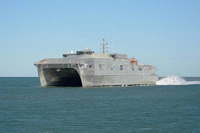 Photograph - Usns City Of Bismarck Underway. by Bradford Martin