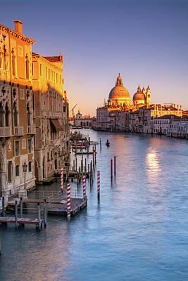 Photograph - Venice Aglow by Susan Leonard
