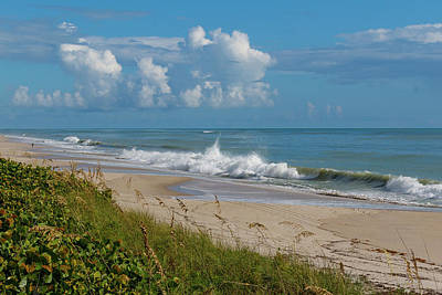 Photograph - Vero Beach by Les Greenwood