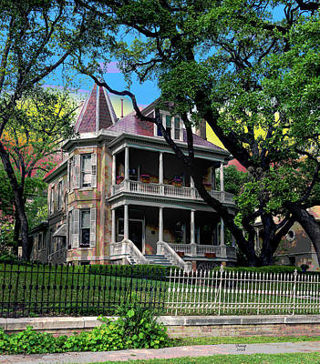 City Sunset Mixed Media - Victorian Home Austin Texas by Charles Shoup