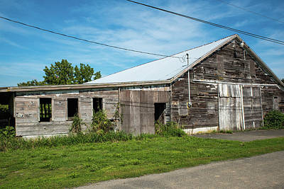 Photograph - View Of An Old Barn by Tom Cochran
