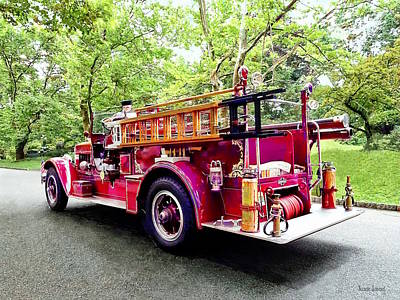 Photograph - Vintage Fire Engine by Susan Savad