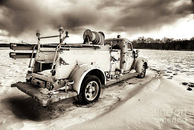 Photograph - Vintage Fire Truck At New Paltz by John Rizzuto