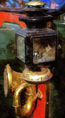 Photograph - Vintage Gas Lamp And Horn by Thom Zehrfeld
