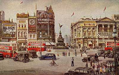 Drawing - Vintage Piccadilly Circus London by Aapshop