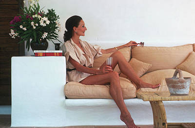 Photograph - Viscountess In Ibiza by Slim Aarons