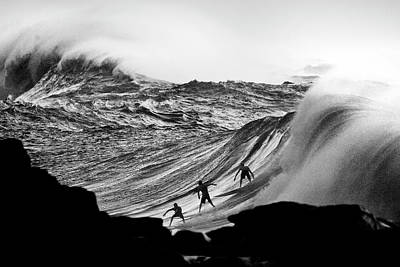 Photograph - Waimea Trifecta by Sean Davey