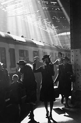Photograph - Wartime Terminus by Bert Hardy