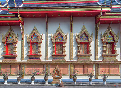 Photograph - Wat Chai Mongkon Phra Ubosot Windows Dthlu0398 by Gerry Gantt