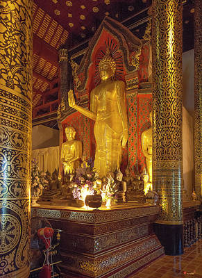 Photograph - Wat Chedi Luang Phra Wihan Buddha Phra Chao Attarot Dthcm0044 by Gerry Gantt
