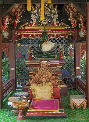 Photograph - Wat Puack Chang Merit Pavilion Buddha Image Dthcm0167 by Gerry Gantt