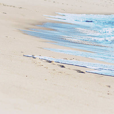 Photograph - Wave by By Giselle Azevedo