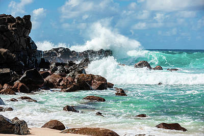 Photograph - Wave On The Rocks by Bodhi Hutton