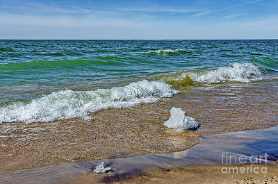 Photograph - Waves Heading To A Beach by Sue Smith
