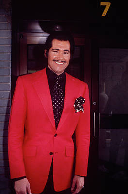 Photograph - Wayne Newton by Art Zelin