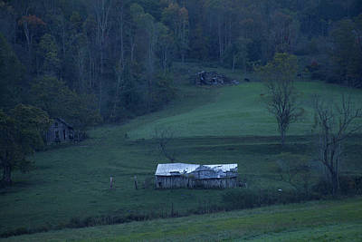 Photograph - Weathered Barn Smoky Mountains by David Chasey