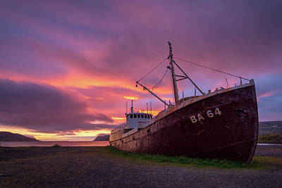 Photograph - Whaling Ship Aground by Michael Blanchette