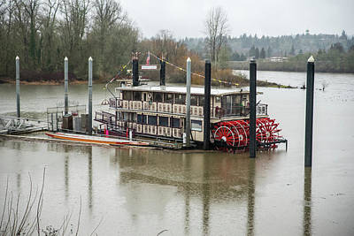 Photograph - Willamette Queen On A Rainy Day by Tom Cochran