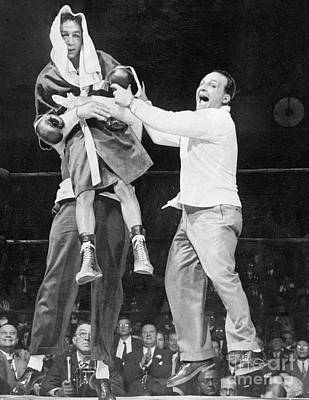 Photograph - Willie Pep Gets Lifted By Manager Lou by New York Daily News Archive