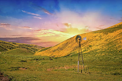Photograph - Windmill Sunset On The Carrizo by Lynn Bauer