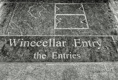 Photograph - Winecellar Entry, Belfast by Jim Orr