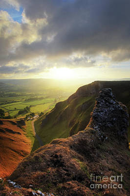 Photograph - Winnats Pass 13.0 by Yhun Suarez