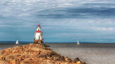 Photograph - Wisconsin Point Lighthouse by Susan Rissi Tregoning