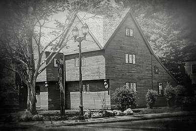 Bnw Wall Art - Photograph - Witch House Salem Massachusetts In Black And White by Carol Japp