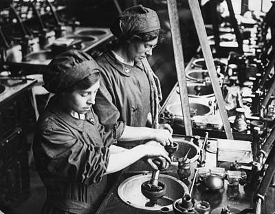 Photograph - Women War Workers by Topical Press Agency
