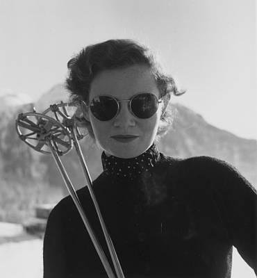 Photograph - Womens Skiing by Kurt Hutton