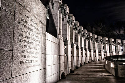 Photograph - World War II Memorial by Travis Rogers
