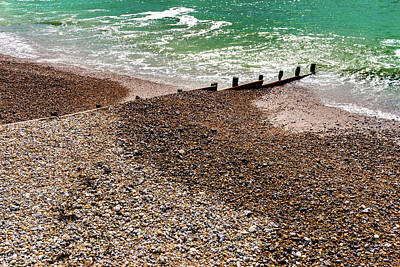 Wall Art - Photograph - Worthing Beach Breakers by Roslyn Wilkins