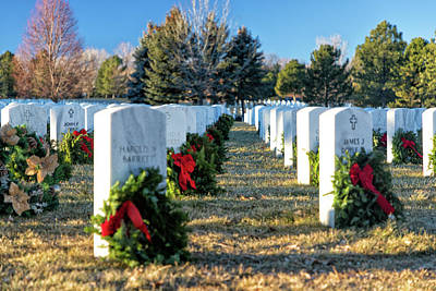 Photograph - Wreaths For Heroes by Tony Hake