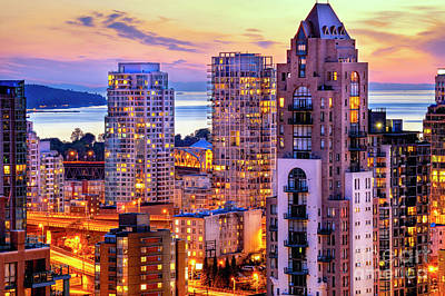 Romantic Scenic Yaletown And English Bay Vancouver British Columbia Canada - The Pacific North West Original