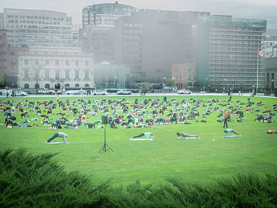 Photograph - Yoga At The Parlamient by Juan Contreras
