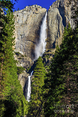 Wall Art - Photograph - Yosemite Falls Upper And Lower by Roslyn Wilkins