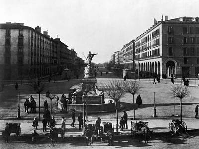Zaragoza Fountain Art Print by Hulton Archive