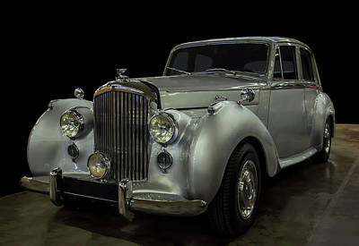 Mistletoe - 1954 Bentley R type by Chris Flees