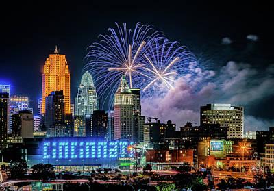 Palm Trees - 2019 WEBN Fireworks Cincinnati Ohio Skyline Photograph by Dave Morgan