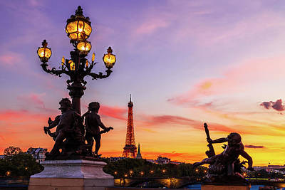 Featured Tapestry Designs - Eiffel at Twilight by Andrew Soundarajan