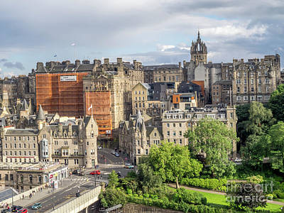 Photograph - Old Town, Edinburgh by Jeff Whyte