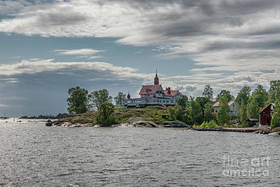 Sean - Small islands in the archipelago south of Helsinki, capital of F by Frank Bach