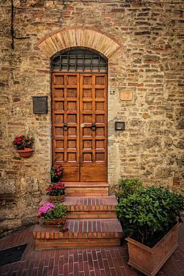 Audrey Hepburn - Tuscan Entrance by Andrew Soundarajan