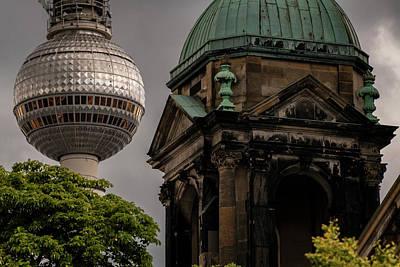 Winter Animals - Fernsehturm, Berlin by Pablo Lopez