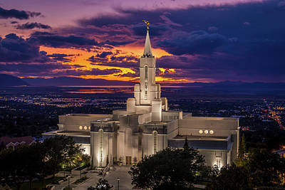 Photograph - Bountiful Temple by Dallas Golden