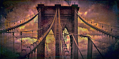 Queen - Brooklyn Bridge by Louis Ferreira