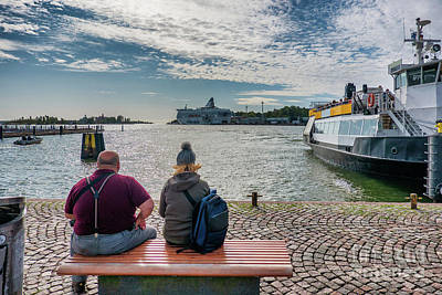 Popstar And Musician Paintings - Harbor with ferries in Helsinki, Capital of Finland by Frank Bach